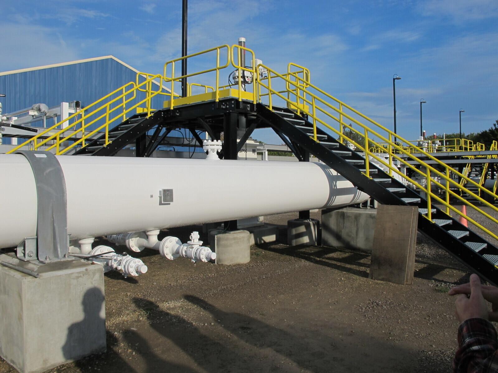 Pipeline politics threatens energy up north